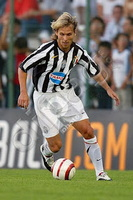 Pavel-Nedved-runs-with-the-ball-0000003947.jpg